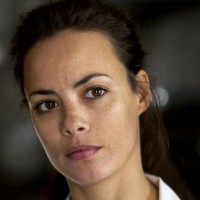 Berenice-Bejo-Hot-Wallpaper