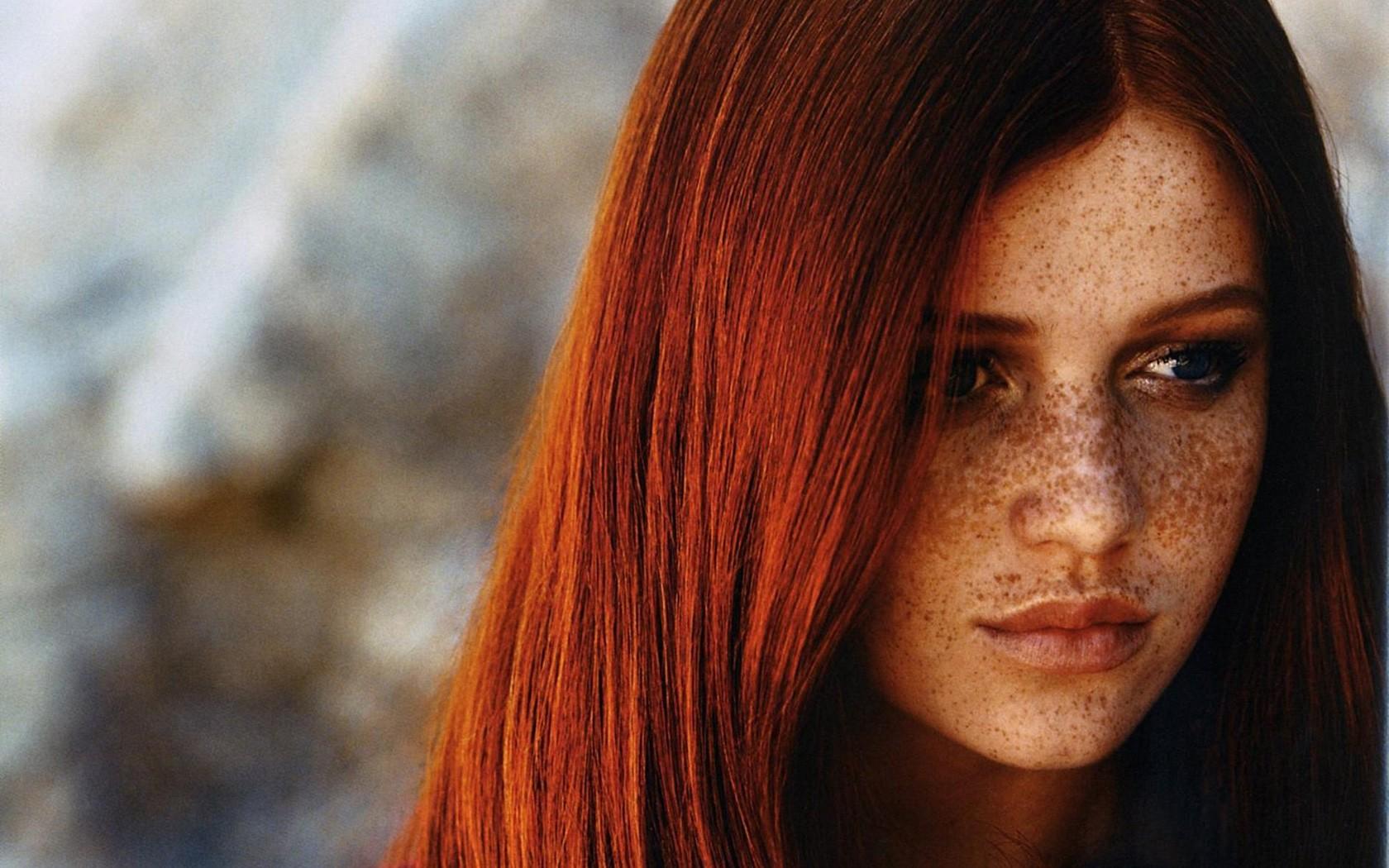 Cintia-Dicker-Freckles