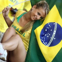 Famous-Hot-Brazilian-Worldcup-Blonde