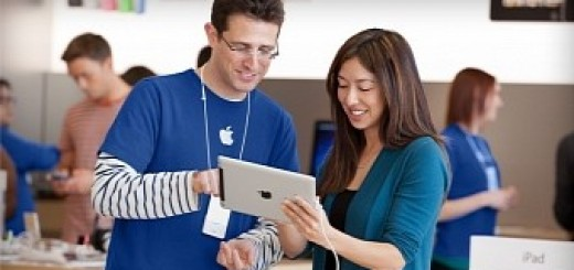 Apple has the right to search retail worker bags judge rules