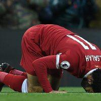 Mohamed salah praying