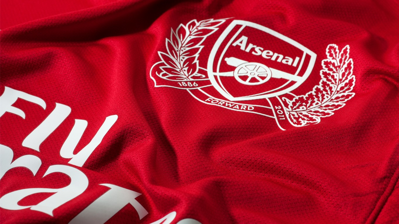 Red arsenal jersey