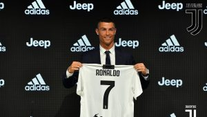 Ronaldo joins juve