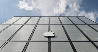 , Apple Faces Code Red in China, More iPhone Price Cuts Expected, Says Analyst