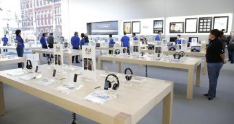 , iPhone Loyalty Collapses as Apple Fanboys Move to Android
