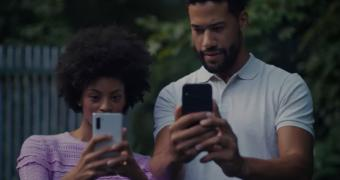 , Samsung Shows iPhone 11 Fans Why They'll Drool After a Galaxy Note 10 – Video
