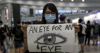 , Apple Sides with China, Ditches Hong Kong Protest Map App, Quartz News App
